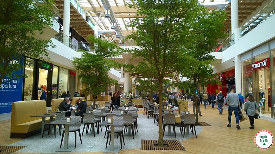 maior Shopping center da Europa em Milão Arese