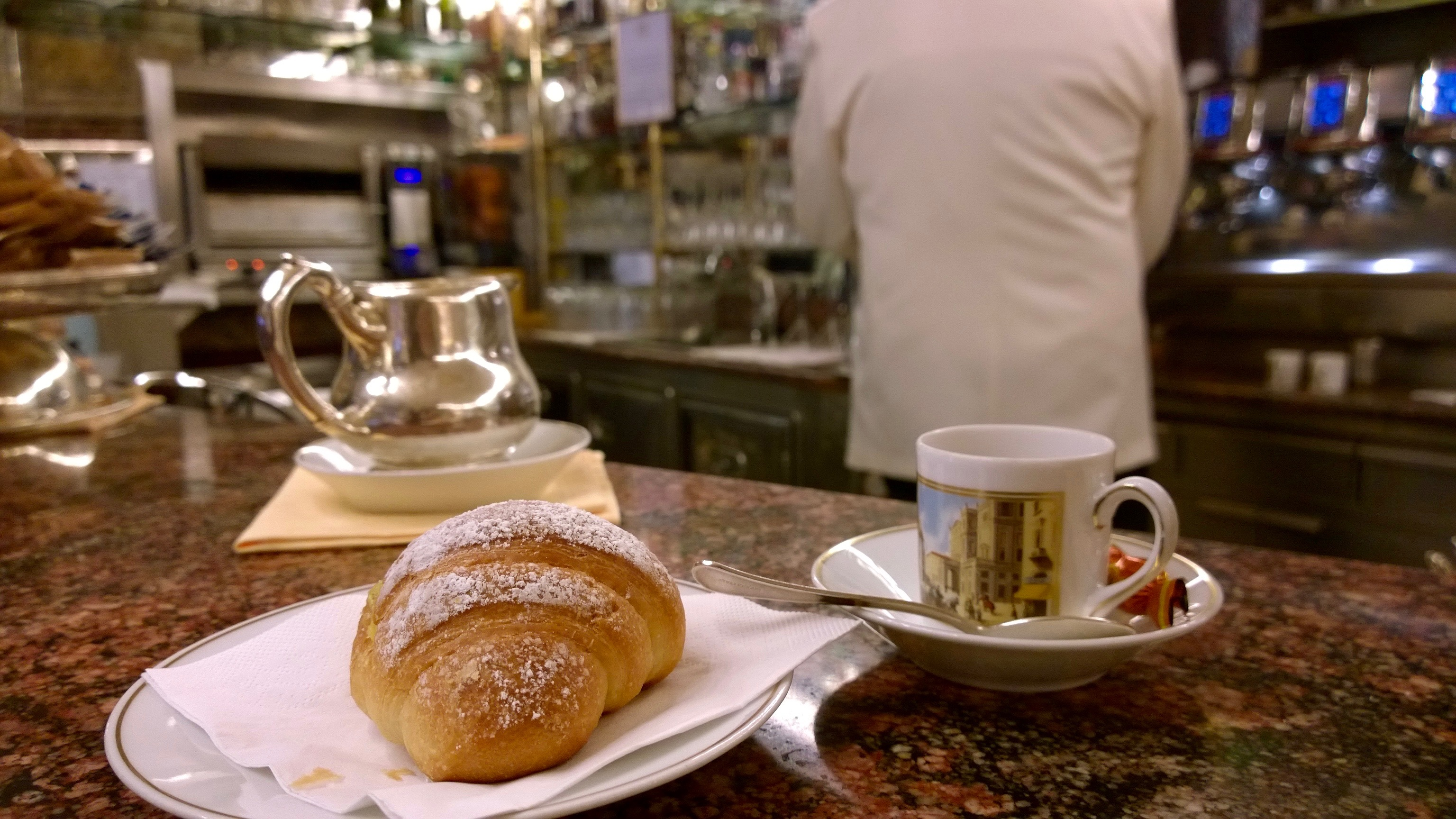 Onde tomar café da manhã em Milão Padarias em Milão Confeitarias em Milão Onde tomar o pequeno almoço em Milão