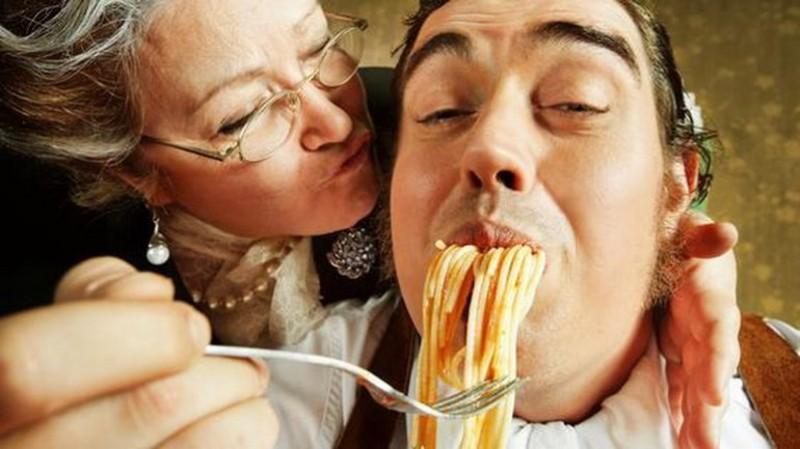 Por que os italianos saem cada vez mais tarde da casa dos pais