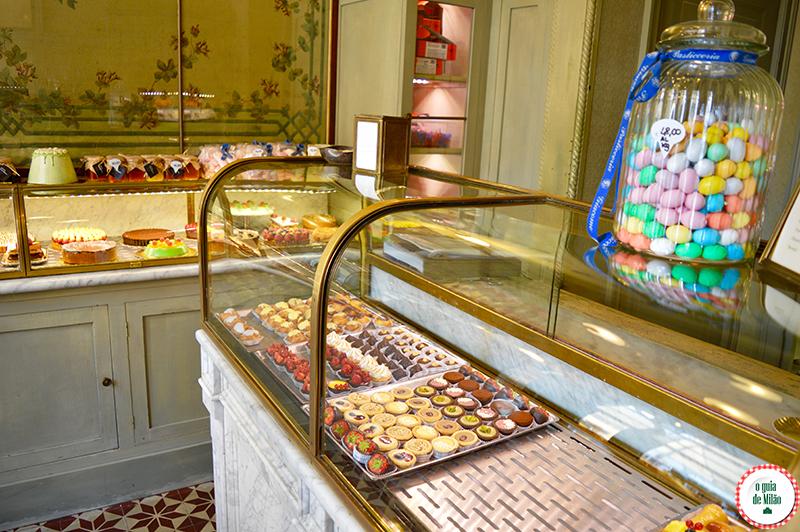 Café da manhã em Milão Doces italianos