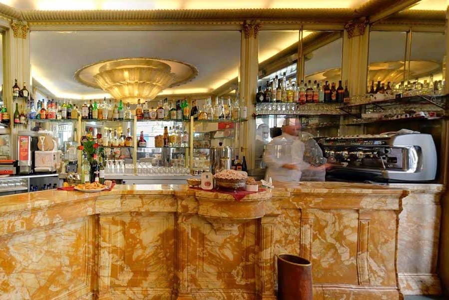Cafeterias históricas de Turim Zabaione Turim Itália