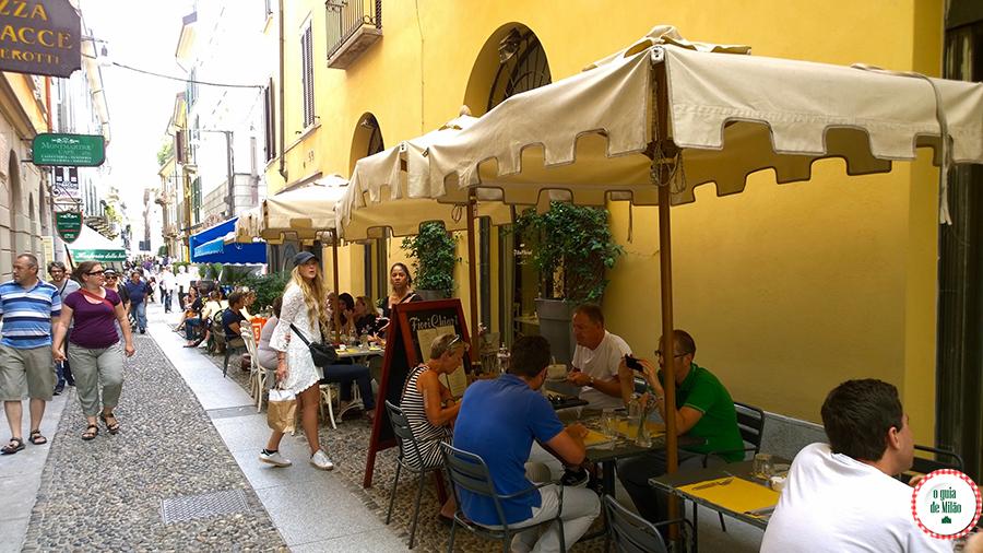 Restaurantes em Milão Itália Fiori Chiari Brera Milão