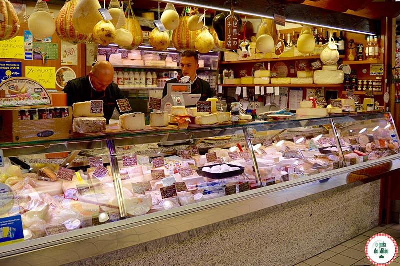Culinária Italiana no Mercado Wagner em Milão