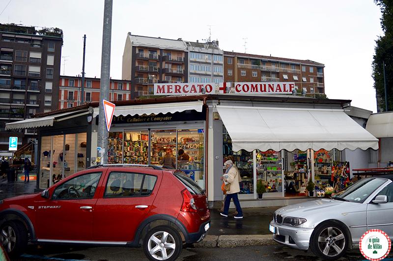Entrada do Mercado Wagner em Milão