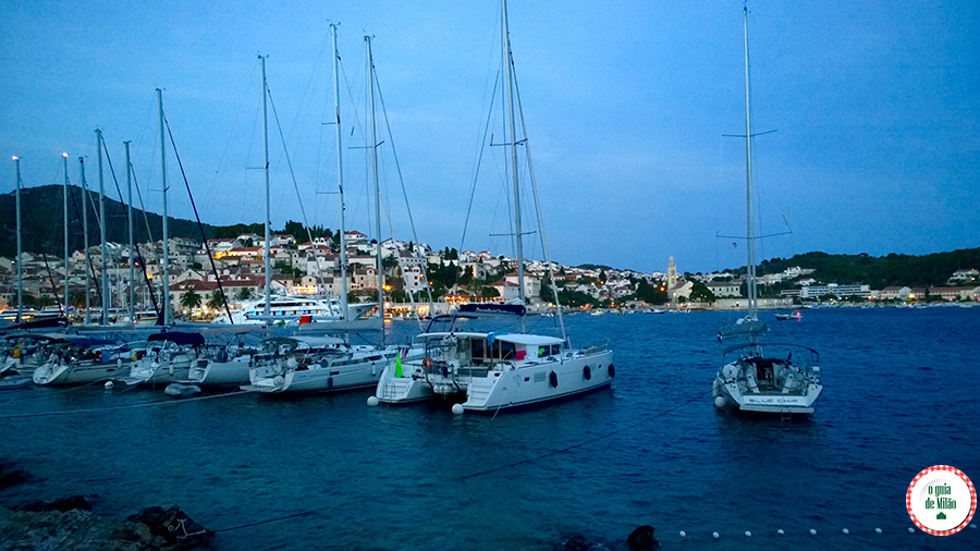 Turismo em Hvar Croácia