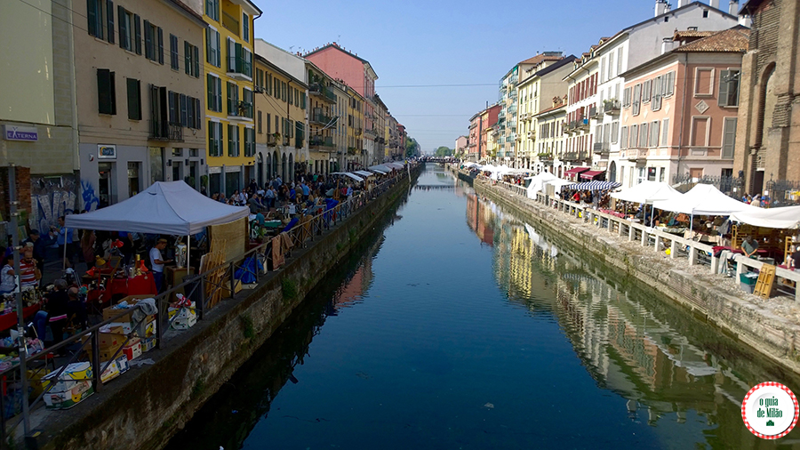 Lojas de antiguidades em Milão Itália Bairro Navigli Milão Itália