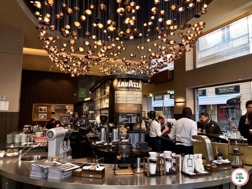Flagship Store Lavazza em Milão